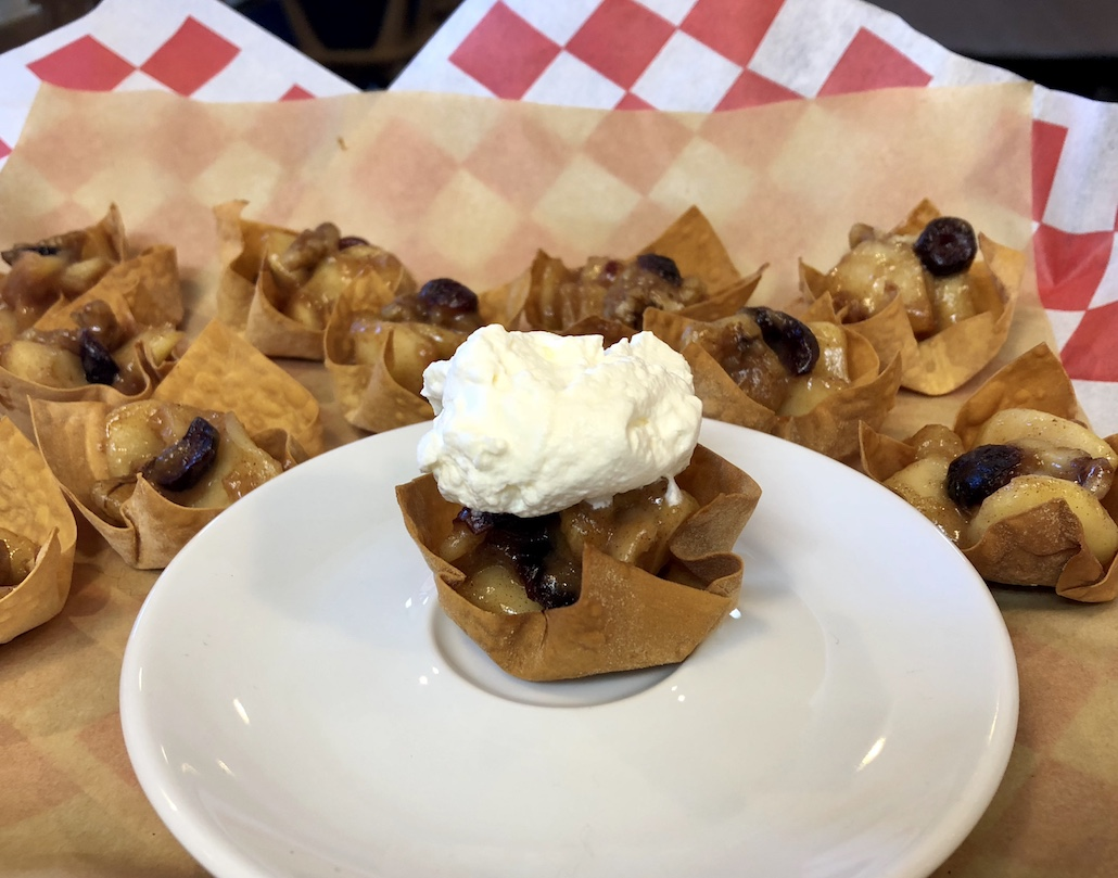 East Meets West: Won Ton Apple Pie Cups