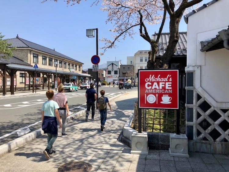sidewalk-cafe.jpg